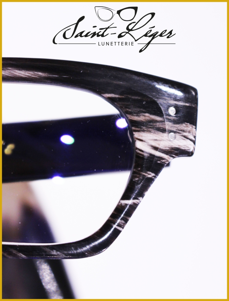 Monture de lunette homme fait à la main sur mesure en corne de buffle noire par Blandine Saint-Léger à Rodez